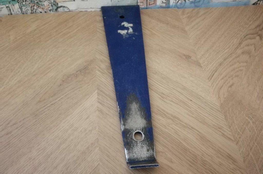 Устранение щели при помощи стальной скобы